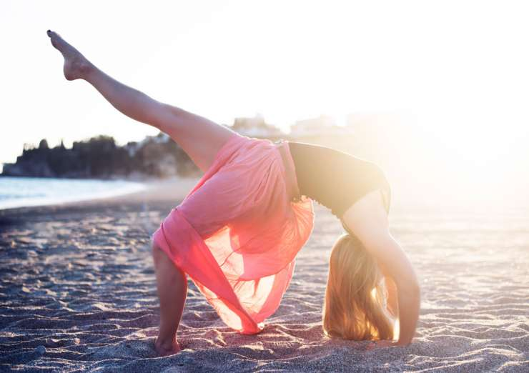 Yoga-Nerja-JoBradley1-740x522.jpg