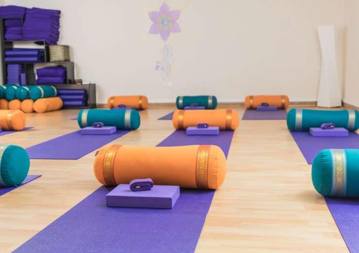 Yoga-studio-nerja2-740x522.jpg